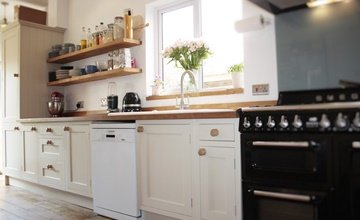 kitchen make, designed, built and fitted by Redland Kitchens Bristol